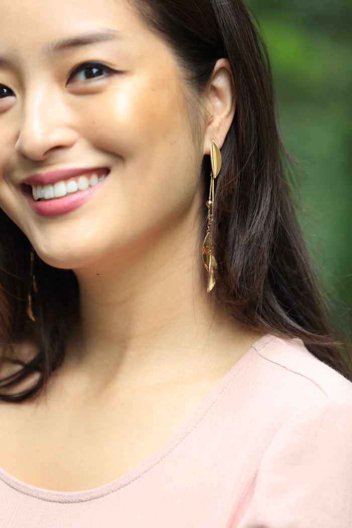 gold leaf jewelry