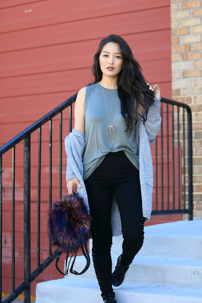 lace-up trend pants