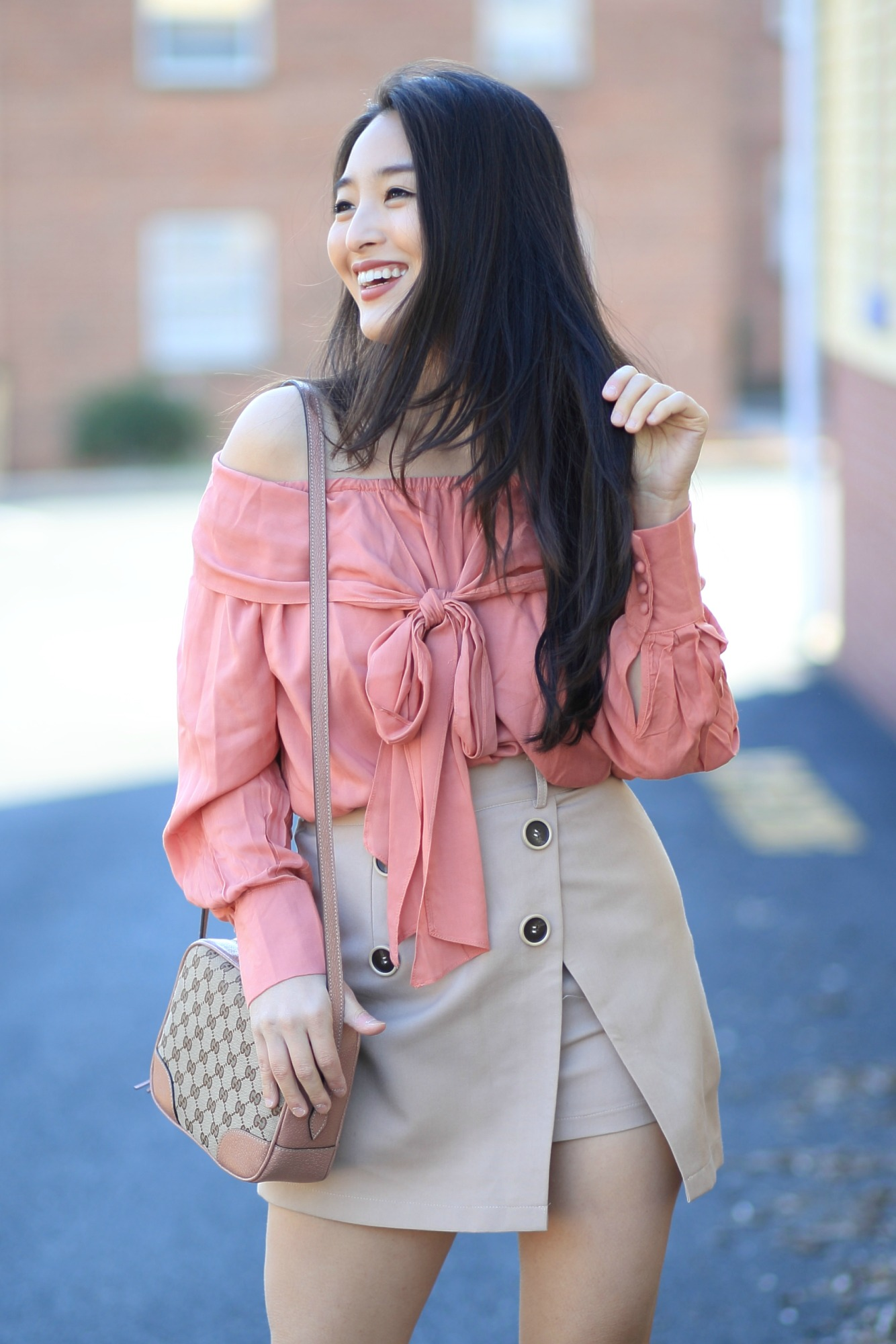 coral bow top