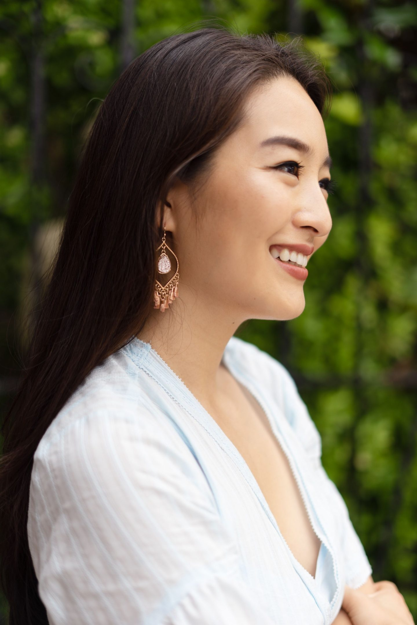 fringe earrings on asian blogger