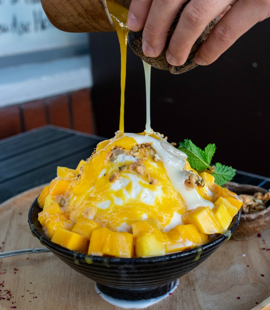mango sticky rice bingsoo