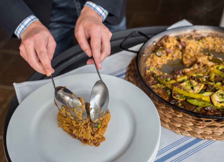 ser vegetarian paella