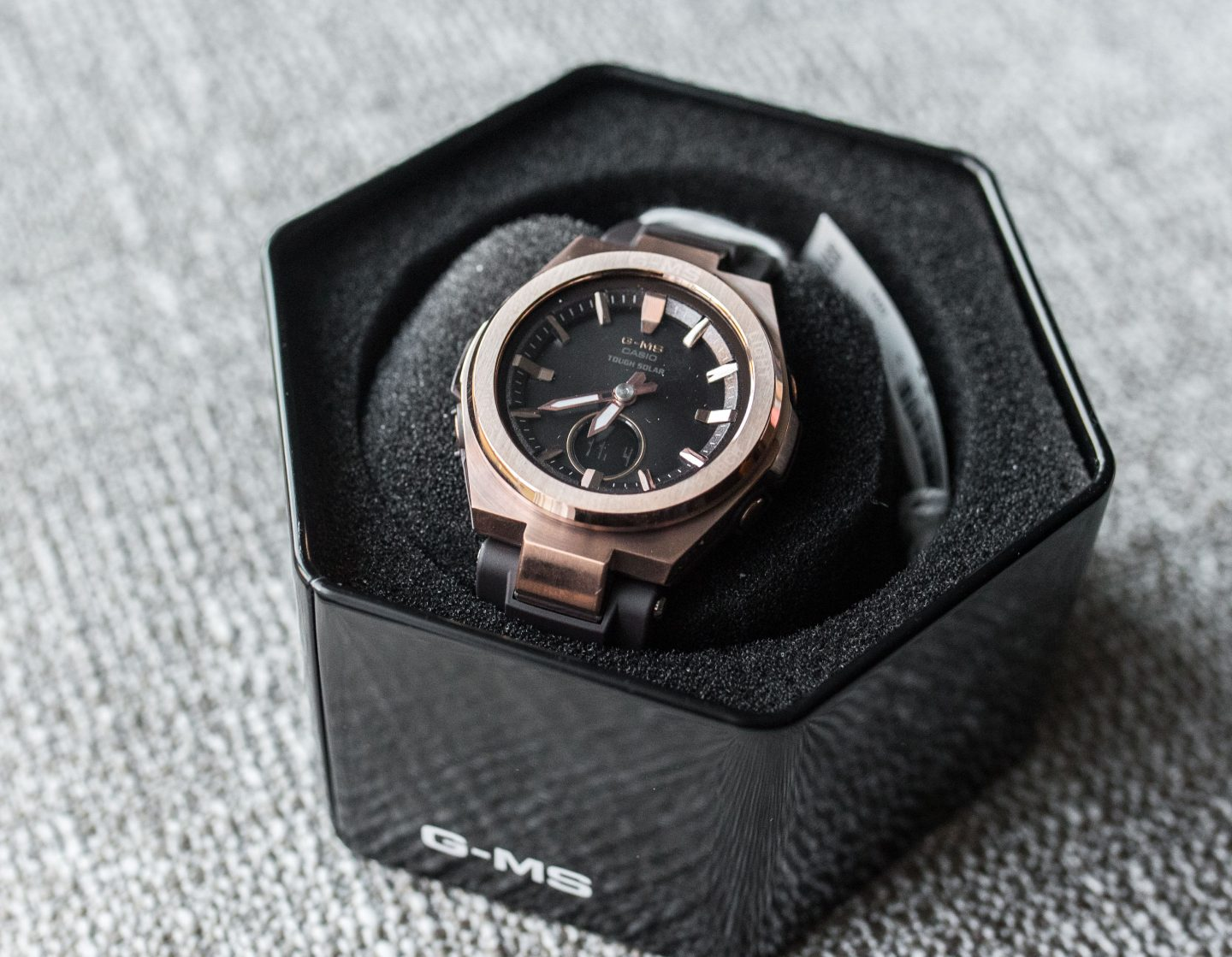 g shock black watch