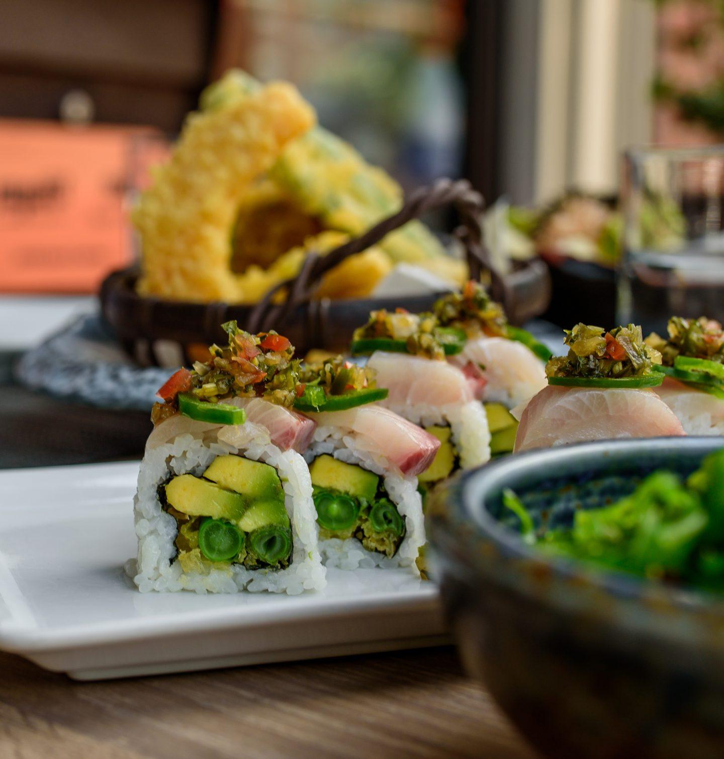 sushi hachi rolls