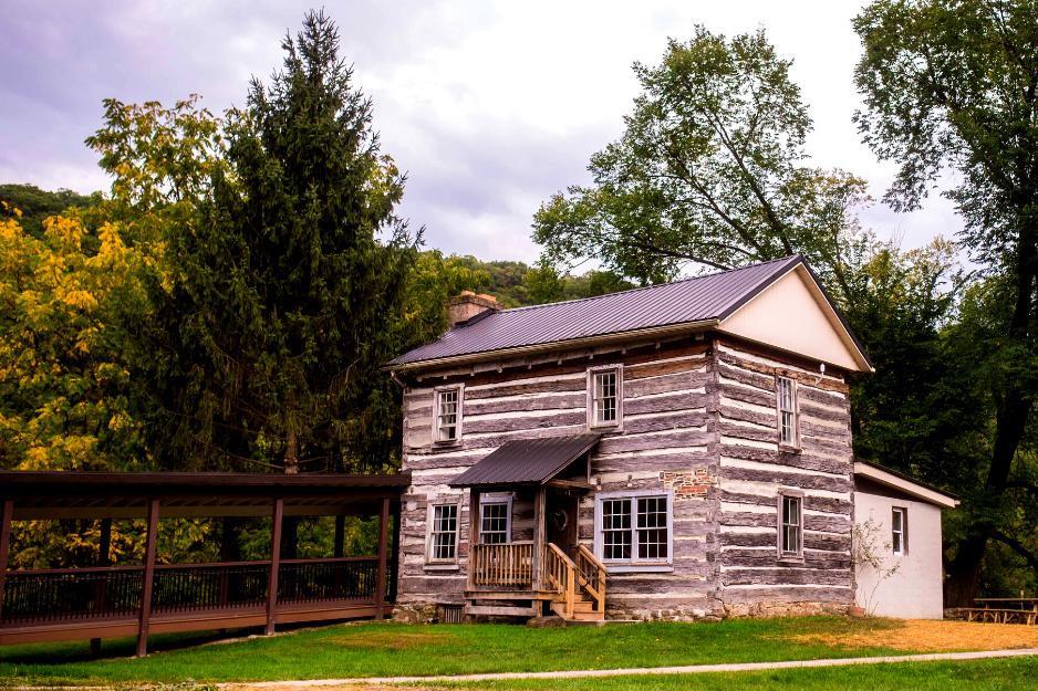 1807 historic log cabin